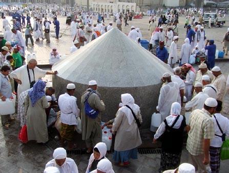 Alhamdulillah, Kenapa Air Zam-Zam Tidak Pernah Kering Sampai Kiamat
