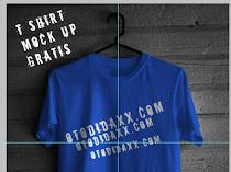 (Gratis) T shirt Mock Up Template Photoshop Untuk Desain