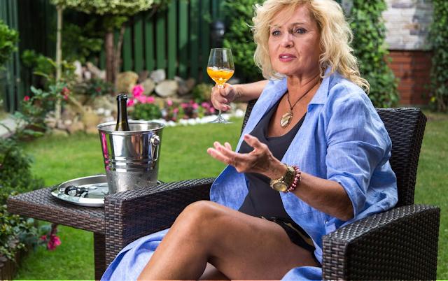 [WYWIAD] Ewa Kasprzyk: Luksusowo, ale jakby inaczej