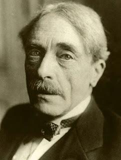 Paul Valéry - El poema no muere por haber vivido...