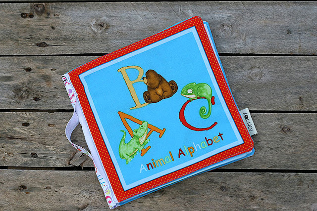 Jungle alphabet fabric book by tomtoy