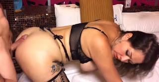 Cachonda latina Pamela ríos follando en su primer porno