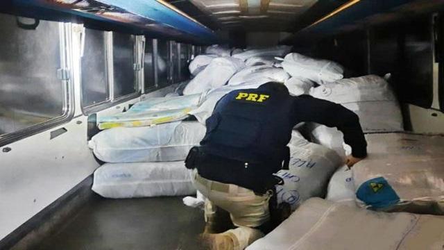 PRF apreende carga avaliada em mais de R$ 300 mil em Condado