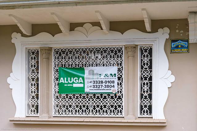 Casa na RuaSaldanha da Gama - detalhe de janela com grade muito bonita