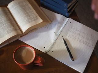 Saiba como escrever um ensaio de forma objetiva