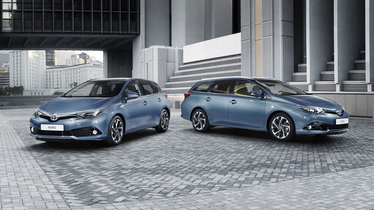 New Toyota Auris to join new Avensis on stage at Geneva