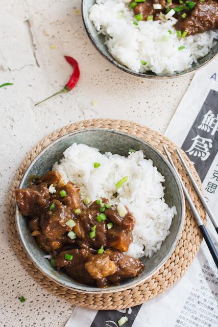 Porc au caramel et riz