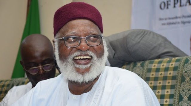 Abdulsalami speaks on EFCC operatives searching his Guest House