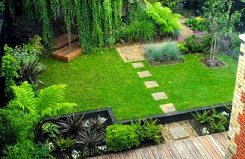 membuat taman kecil didepan rumah terlihat minimalis