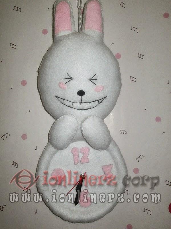 Jam Dinding Flanel Karakter Kartun Boneka Cony (LINE)