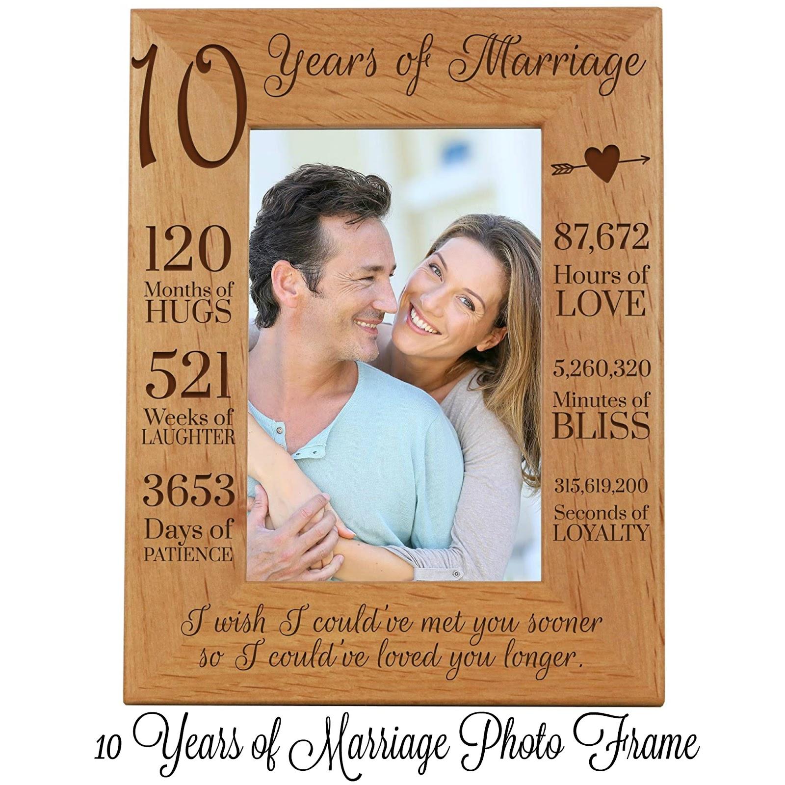 a 10th anniversary photo frame