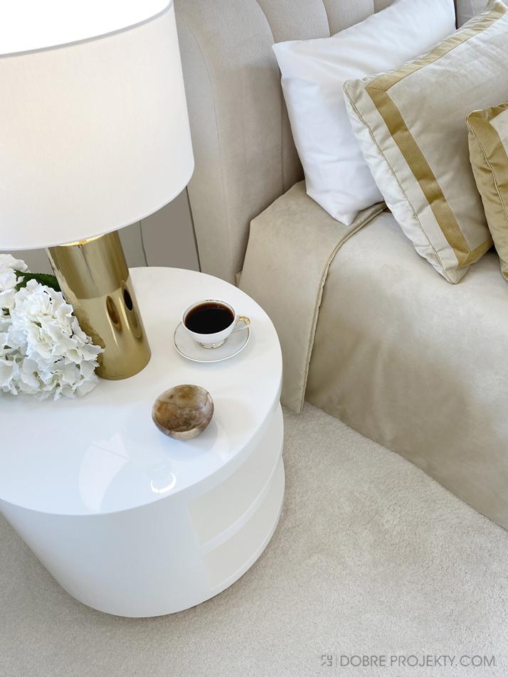 Projektowanie aranżacja wnętrz złota sypialnia