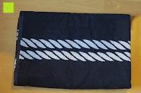 """zusammengefaltet: ZOLLNER hochwertiges Strandlaken / Strandtuch / Badetuch 100x200 cm marine-weiß, in weiteren Farben erhältlich, direkt vom Hotelwäschehersteller, Serie """"Marina"""""""