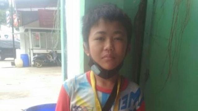 Demi Bayar Cicilan Motor, Bocah 11 Tahun di Jaktim Jadi Tukang Parkir setelah Ayahnya Meninggal Dunia