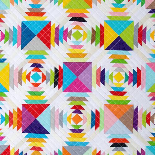 Scrappy Pineapple Quilt | Robert Kaufman Kona Cotton | Red Pepper Quilts 2016