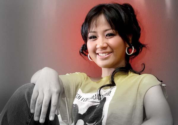 Lirik Lagu Bukan Yang Terbaik ~ Astrid Sartiasari