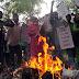 उन्नाव बलात्कार पीड़िता पर सुनियोजित हमले के खिलाफ केवाईएस ने किया विरोध प्रदर्शन   KYS protest against organized attack on Unnao rape victim