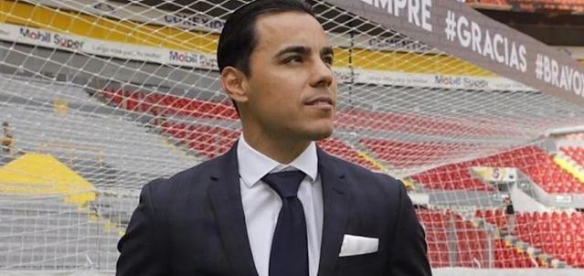 ¿Omar Bravo entrenador Chivas?