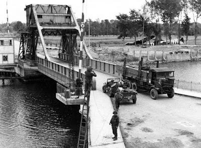 Puente Pegasus, Día D