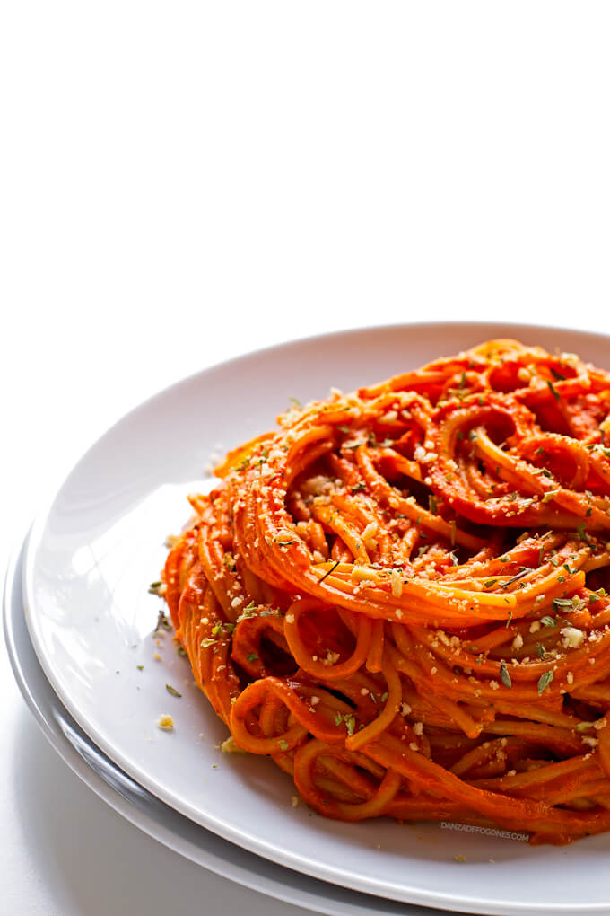 Pasta with Piquillo Peppers Sauce