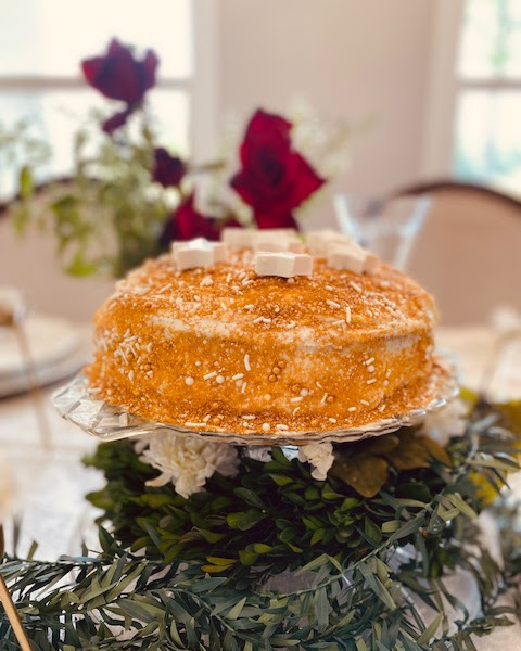 Christmas Cake Centerpiece