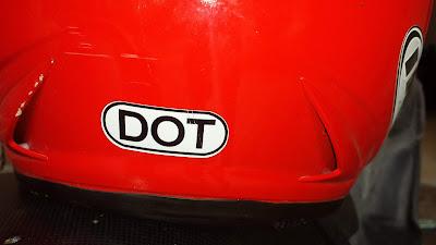 Arti tulisan DOT pada Helm