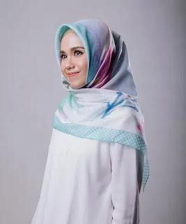 Tutorial Hijab Segi Empat Sederhana Menambah Koleksi Inspirasi