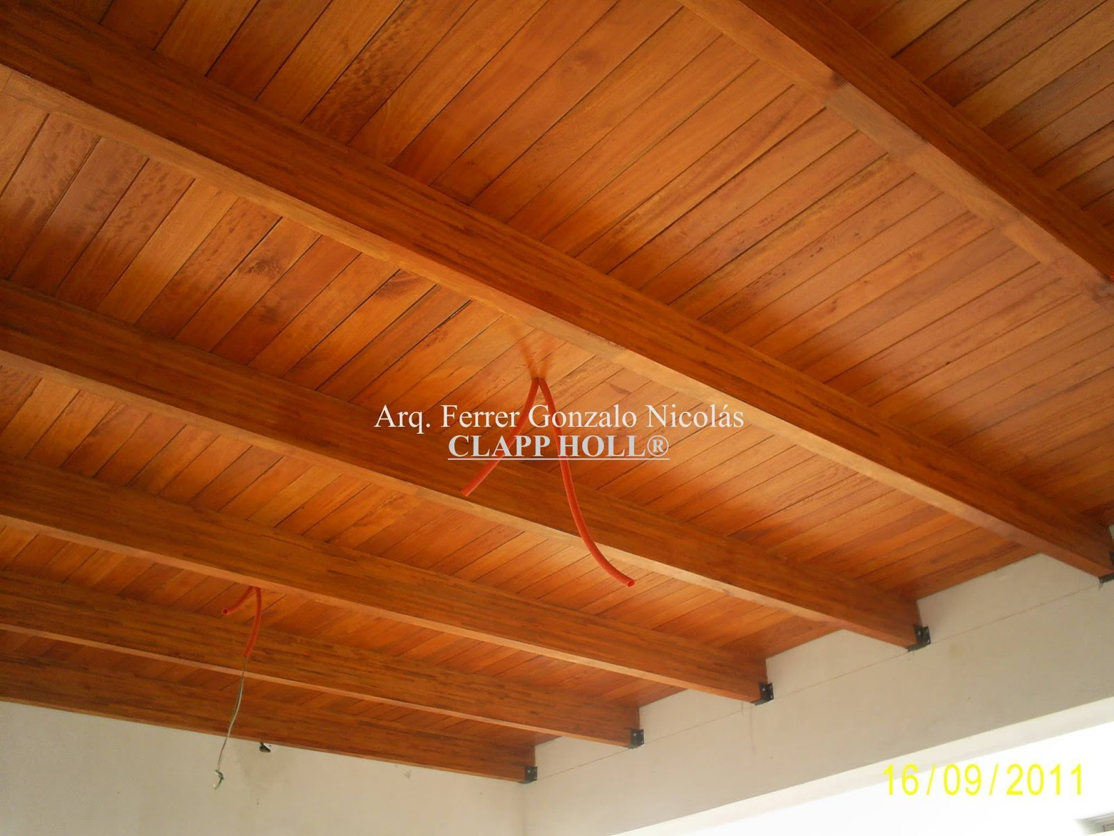 Techos de madera clapp holl cordoba for Pisos para techos de madera