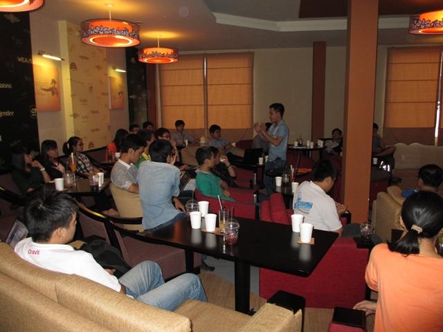 Đào tạo SEO tại Hải Dương uy tín nhất, chuẩn Google, lên TOP bền vững không bị Google phạt, dạy bởi Linh Nguyễn CEO Faceseo. LH khóa đào tạo SEO mới 0932523569.