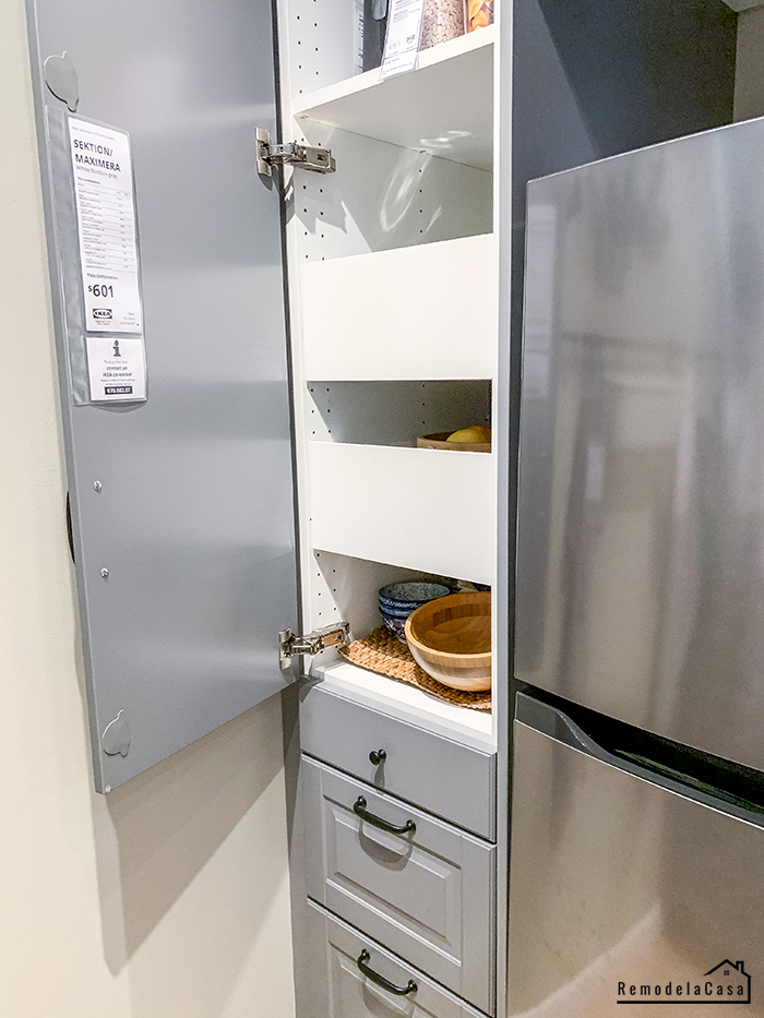 Pantry with pull out drawers