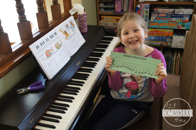 make practicing piano fun with these record keeping charts