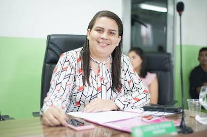 LUCIENE DE FOFINHO É ELEITA PREFEITA DE BAYEUX EM ELEIÇÃO INDIRETA
