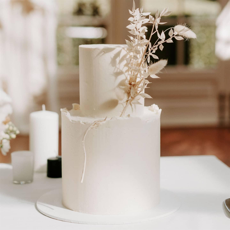 luke middlemiss photography wedding cakes