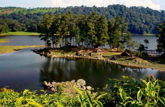 wisata danau situ patenggang ciwidey