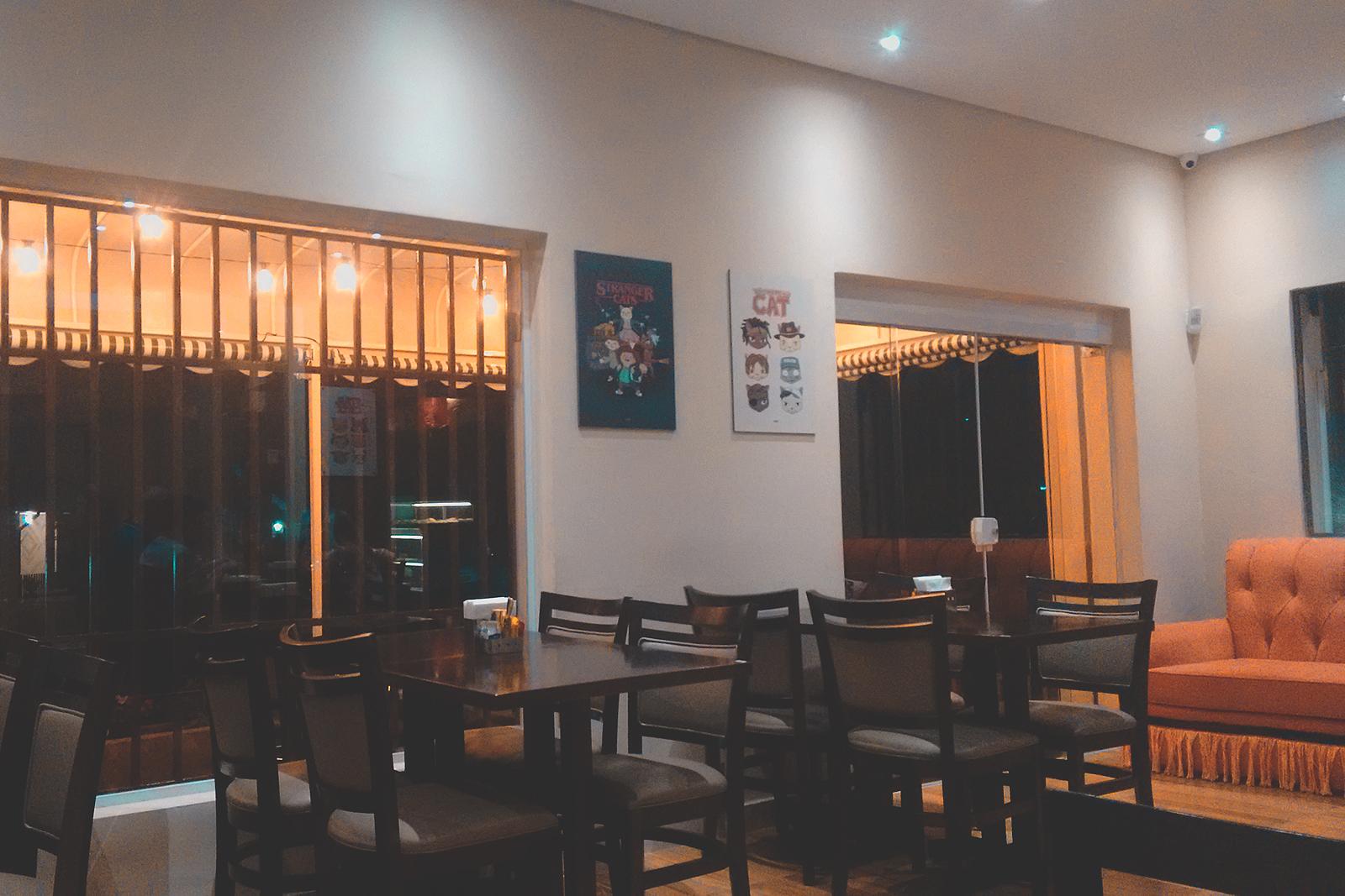 área das mesas cafeteria