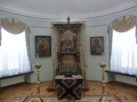Батурин. Дворец Кирилла Разумовского. Иконы 18 ст.