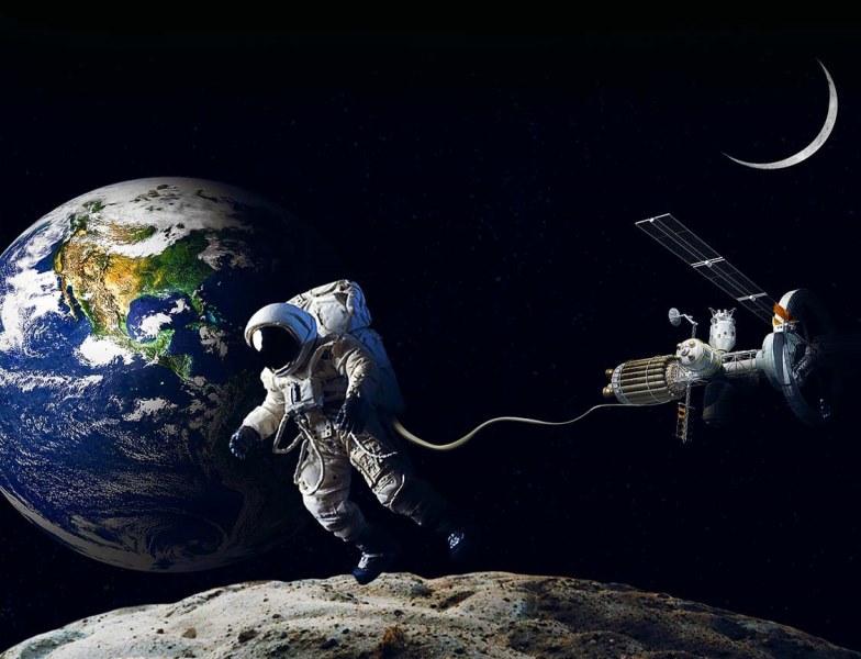 Beginilah Cara Astronot Muslim Shalat dan Puasa di Luar Angkasa, tata cara sholat di luar angkasa hukum shalat di luar angkasa kegiatan astronot di luar angkasa kehidupan astronot di luar angkasa berapa lama astronot di luar angkasa cara astronot pergi ke luar angkasa cara astronot bertahan hidup di luar angkasa cara astronot kembali ke bumi