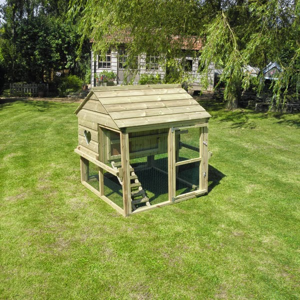 Timber Poultry Housing made in the UK