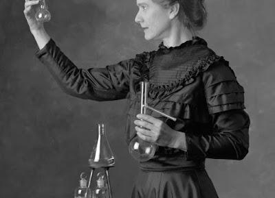 Marie Curie, 2 Nobel ödülü alan kadın