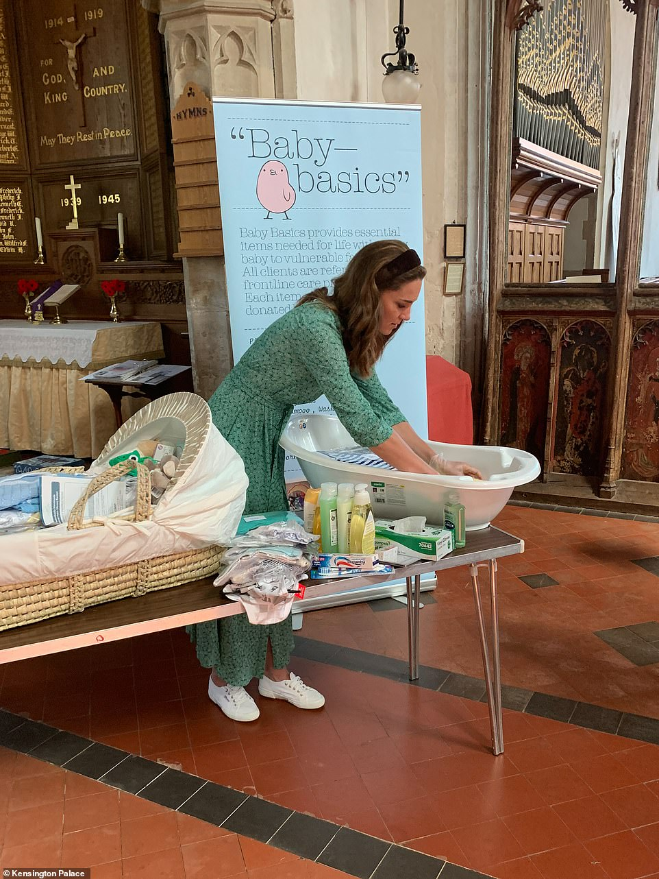The Duchess of Cambridge has brought together nineteen British brands and retailers to donate over 10,000 new items to more than 40 baby banks nationwide.