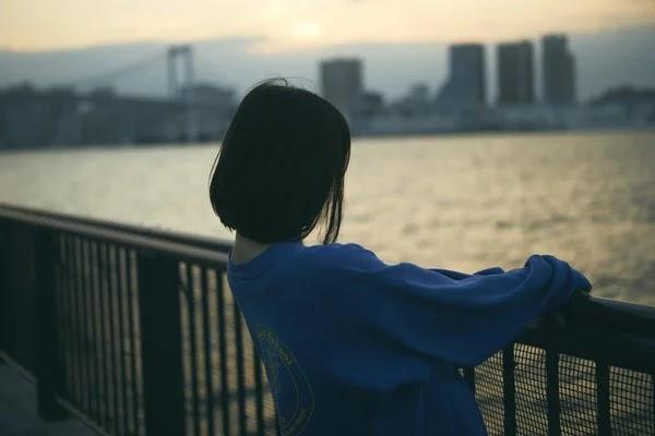 Cuplikan Miona Hori sebagai Hatsumi Narita di Live-Action Hot Gimmick