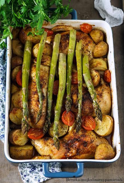 udka, warzywa, kurczak, obiad, zapiekanka, szparagi, ziemniaki, bernika, kulinarny pamietnik