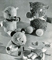 http://translate.googleusercontent.com/translate_c?depth=1&hl=es&rurl=translate.google.es&sl=auto&tl=es&u=http://freevintagecrochet.com/toy-patterns/toys39/crocheted-teddy-bears&usg=ALkJrhhlVak85kNL1hH4KECqEUpbaCYMAQ