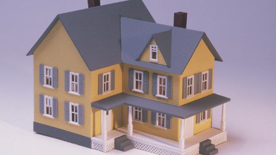 Miten pienentää kotisiivouslaskua?