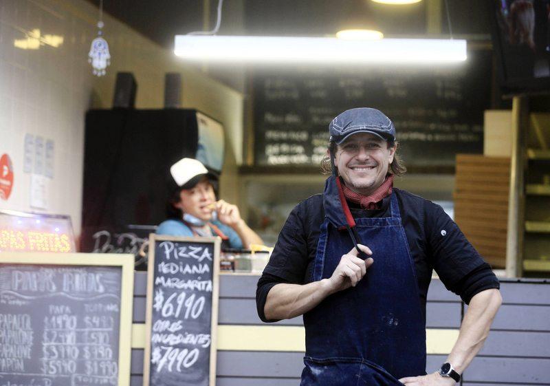 Álvaro Morales se lanzó como cocinero