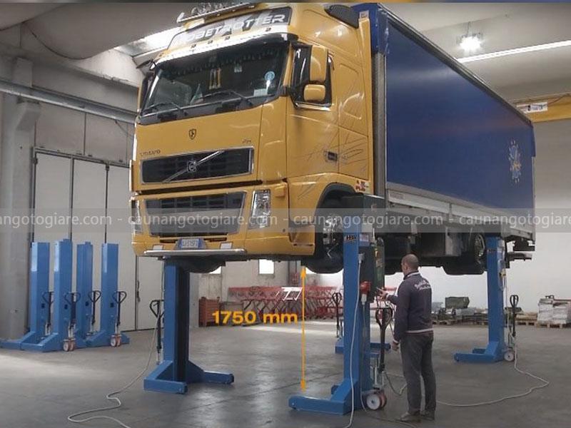 cầu nâng xe tải 4 trụ