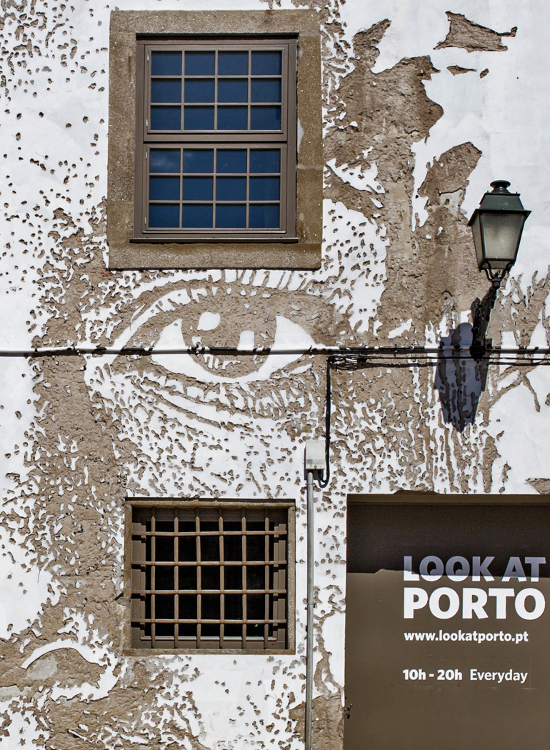 imprescindibles-Oporto-look-at-porto-vihls-street-art-fachada