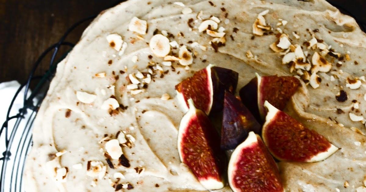 Country Beehive Harvest Cake With Vanilla Cream Simple
