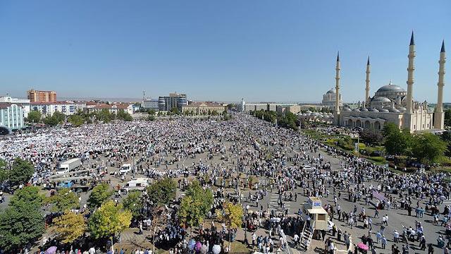1 juta orang berkumpul di Chechnya untuk memprotes genosida di Rohingya