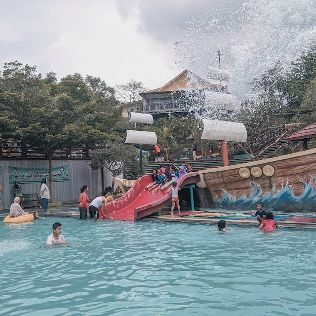 Green Valley Waterpark Ciseureuh Kabupaten Purwakarta Jawa Barat